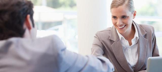 如何从毕业生迅速变身职业人 HR专家给出12个建议